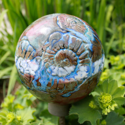 Keramik Kugel in braun und blau