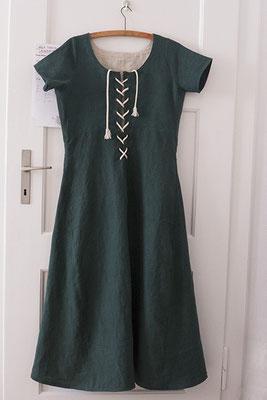 Spätmittelalterliches Überkleid