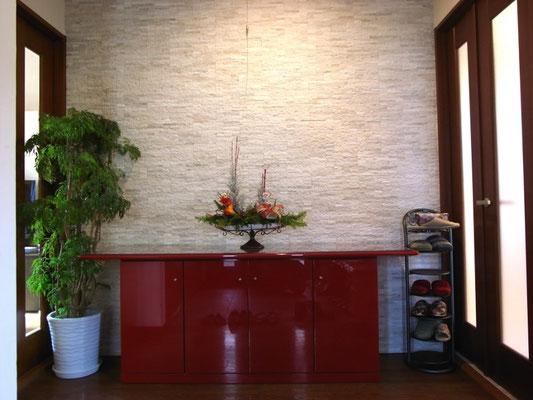 戸建 リノベーション ホールの壁にレンガタイル