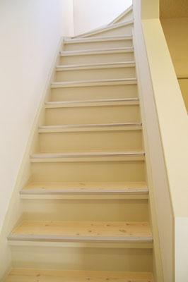 戸建住宅 リノベーション工事 工事完了 階段