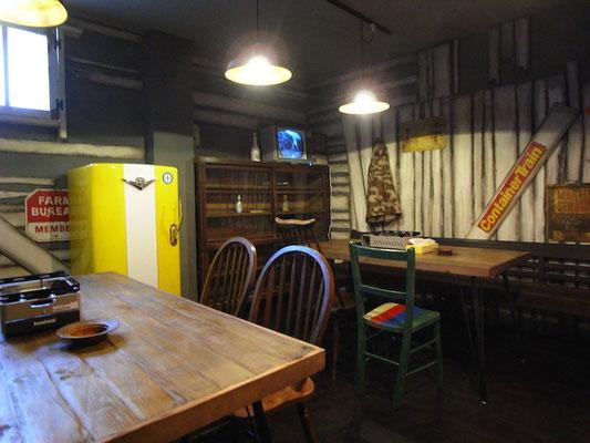 Rest&Bar Split 千舟 インテリア エイジング