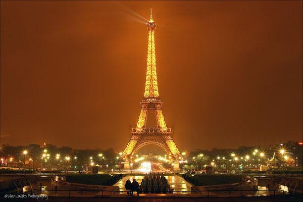 Parijs by Nigt