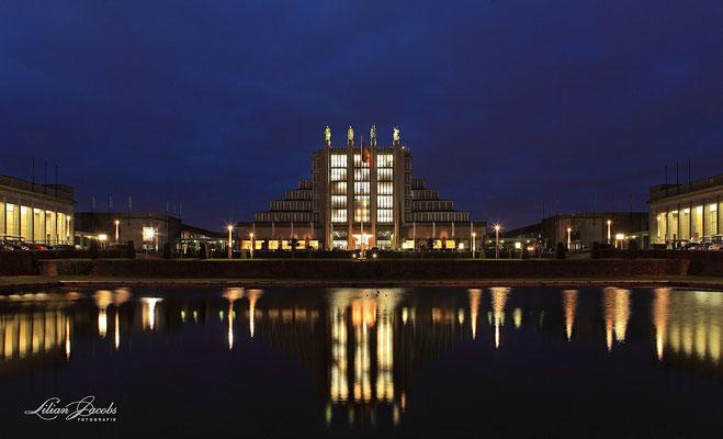 Brussels by night, Heizelpaleizen.