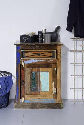 mobiletto +bagno +arredo +legno riciclato +sandro shop +vintage