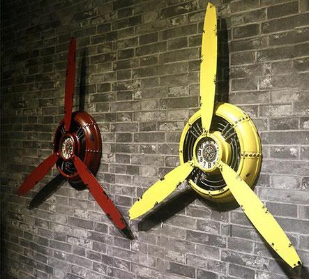 orologio #parete #elica #vintage #rosso #giallo #verniciato #scrostato