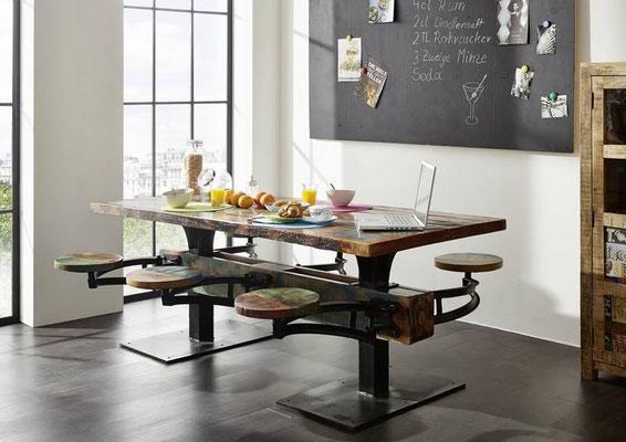 tavolo +industriale +stile +officina +vintage +arredo +legno riciclato +pub +paninoteca