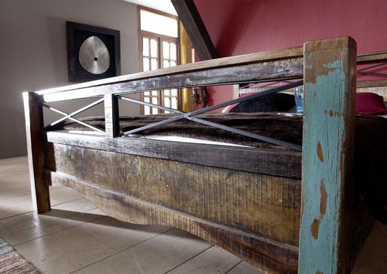 letto +legno +antico +vintage +riciclato +recupero +180 cm