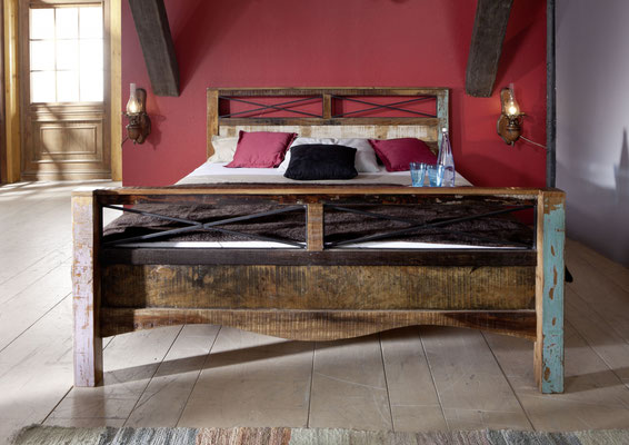 letto +legno +antico +vintage +riciclato +recupero +160 cm