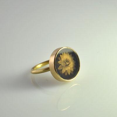 Lotus   750/- Gelbgold mit Naturachat