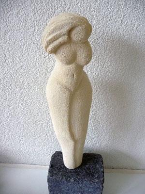 vrouw staand - verkocht