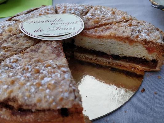 noygat-de-Tours-cake-Loire-Valley-local-food-specialties-delicacies