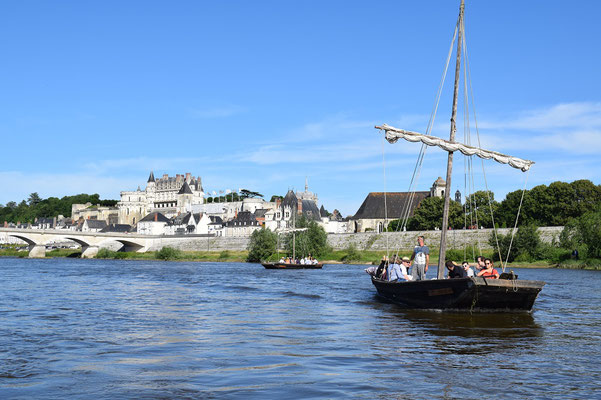boat-ride-and-wine-tasting-local-food-river-Loire-Valley-Amboise-Tours-Chaumont-Blois-Vouvray-Rendez-Vous-dans-les-Vignes-Milliere-Raboton