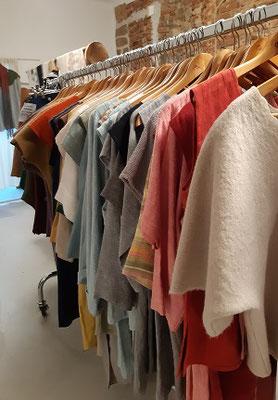 Wollwalk und Leinenhemden, von Textildesign Gerda Kohlmayr