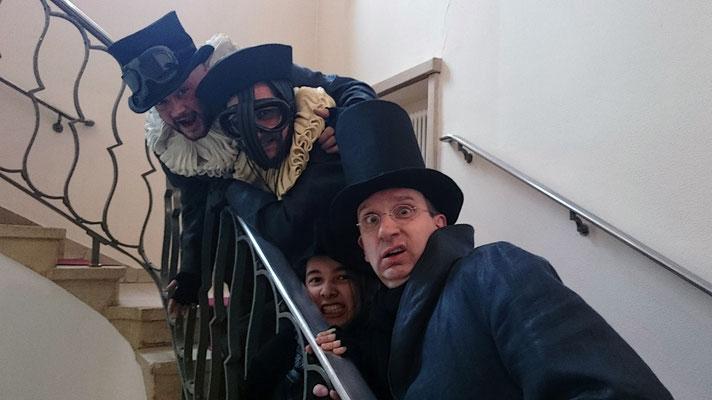 ... das Saarländische Staatstheater haben aber vier nicht minder unheimliche Theatergeister. (© Wienand Arndt, SST)