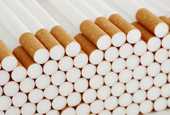 Sie dürfen bei Ihrer Einreise in Vietnam wahlweise 400 Zigaretten, 100 Zigarren oder 50 Gramm Tabak einführen.