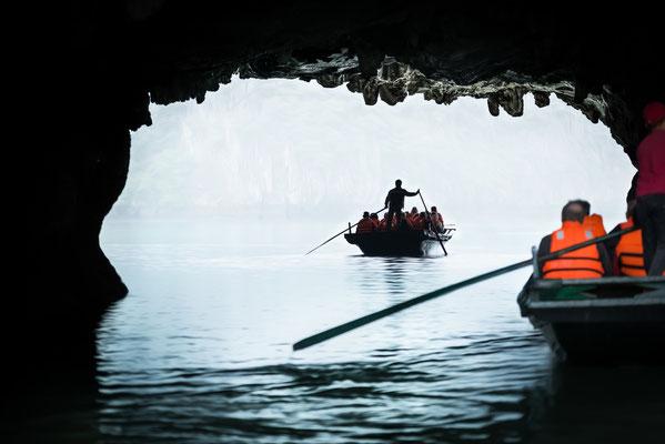 Bootsausflug in eine Grotte