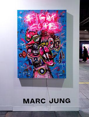 JAGDINSTINKT, 2020, mixed media and neon light on wood, 140x100x8cm