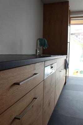 Schubladenfrontdesign spiegelt sich in der Spülmaschinenfront wieder