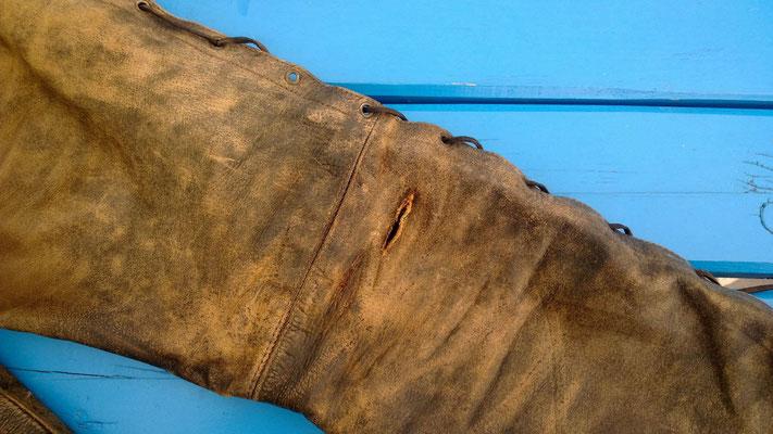 Schadstelle rechtes Bein