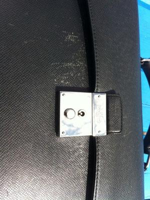Handtasche vor Neueinfärbung 2