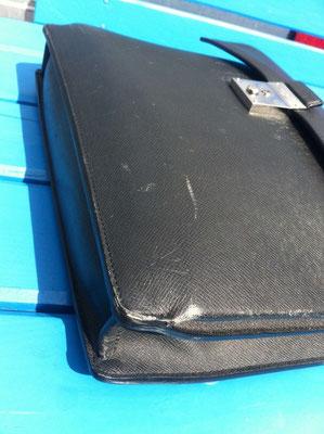 Handtasche vor Neueinfärbung 3