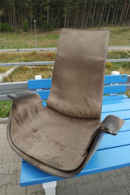 Stuhl vorher komplett