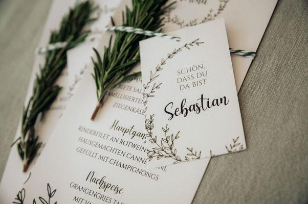 Menükarte und Namenskärtchen Greenery Hochzeit