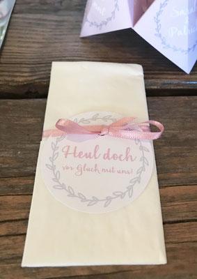 Hangtag mit Logo für Freudentränen-Taschentuch