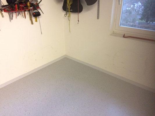 Industrieboden-Beschichtung Grau in Garage