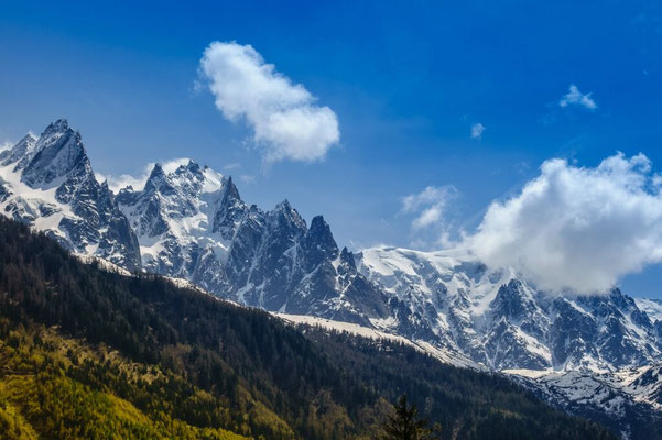 The Jurases and the Mont blanc with clouds