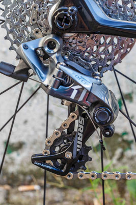 The rear derailleur...