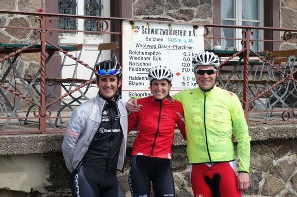 great with my best cyclingpartners together - first one done