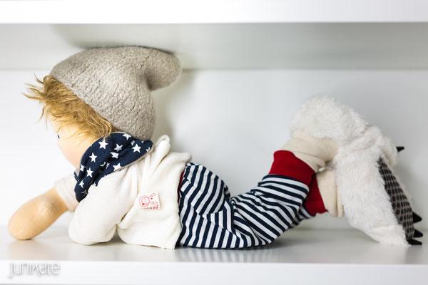 waldorfpuppen modern oder traditionell immer eine gute wahl junikate puppen. Black Bedroom Furniture Sets. Home Design Ideas