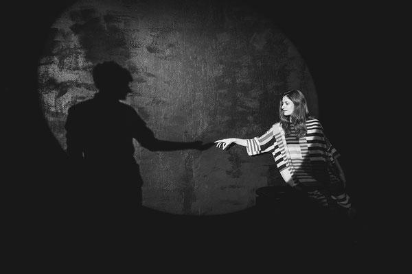 """Theaterfotografie """"Eine Frage des Anfangs"""" Annsambell"""