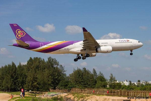 HS-TEQ, A330-343E, Thai Airways
