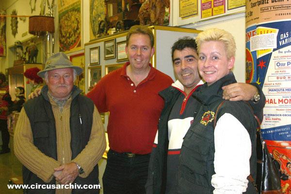 Hans Bruckson, Jose und Giulia Michels