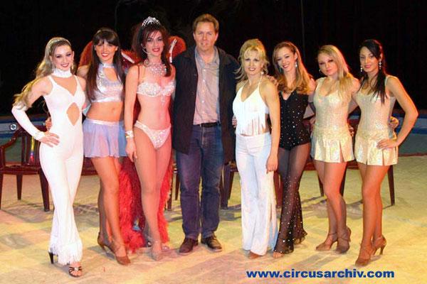 Girls des Circo Nando Orfei