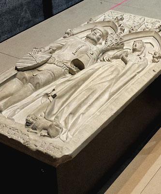 Grabplatte Ehepaar Rudolf