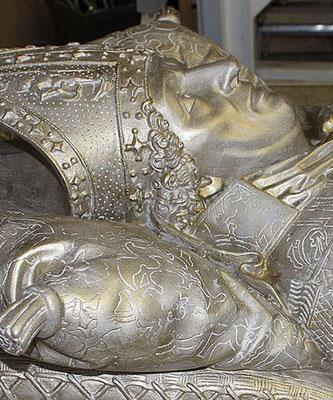 Grabplatte Ernst von Sachsen