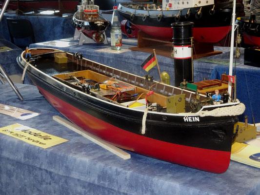 Schiff mit Einblick