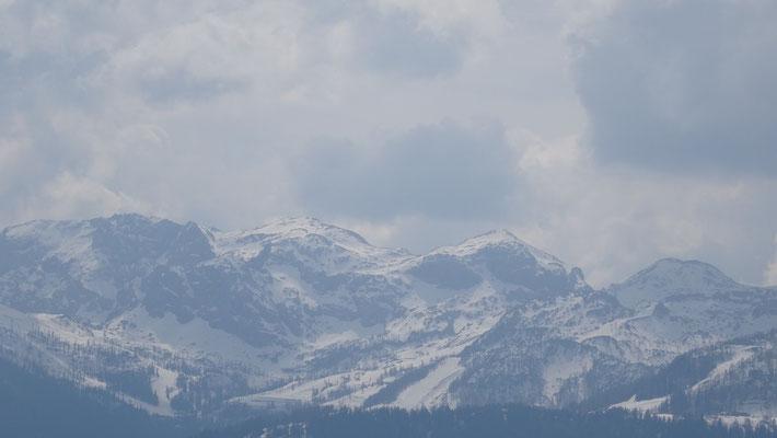 Blick zum Skigebiet Nassfeld
