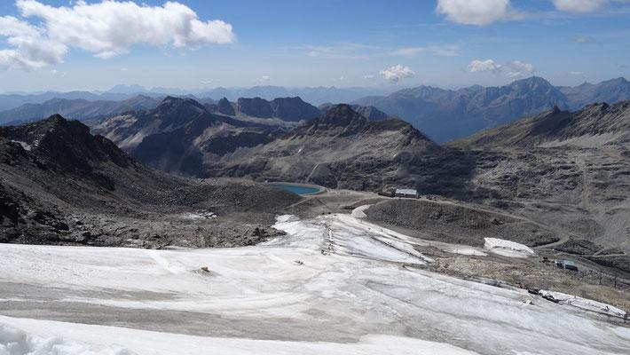 auch am Gletscher sieht man den Klimawandel