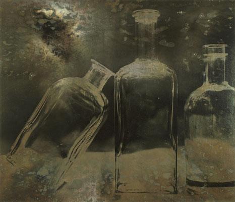Stilleben Handabzug auf Silber-Gelatine-Barytkarton vom Originalnegativ – labortechnisch verfremdet; unikate Variante (Finegrafie) 50x60 cm, montiert auf 70x50 cm Museums-Karton 540,- EUR