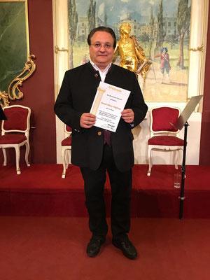 """Sieger bei der """"Harmonia Classica"""" mit dem """"Moment Musical"""" (w 262) 2017 in Wien"""