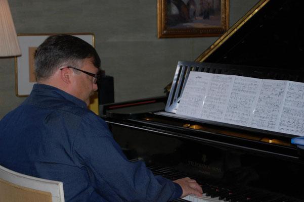 Am Flügel von Jean Sibelius in Ainola 2012