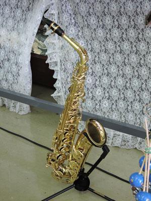 MINAMIさんの演奏するサックス