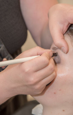 Ihre Vigasistin aus Steffisburg für das perfekte Braut-Make-up