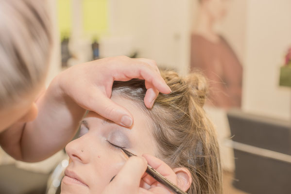 Hochzeits Make-up Coiffure Lockenroll Steffisburg bei Thun