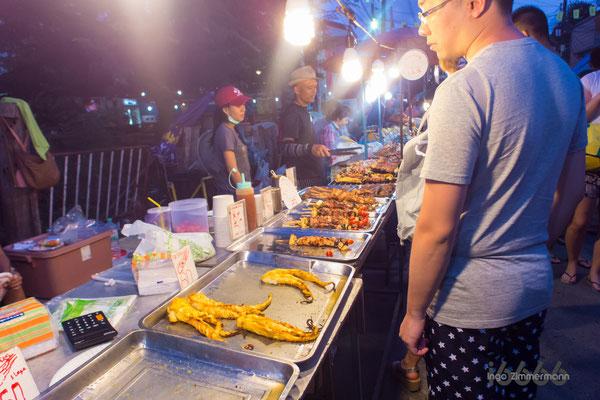 street-food beim Sonntags-Markt