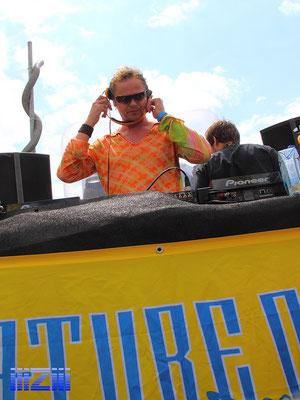 Woody van Eyden @ Loveparade 2010